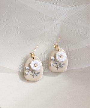 White Floral Feels Earrings